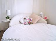 vv-whiteroom